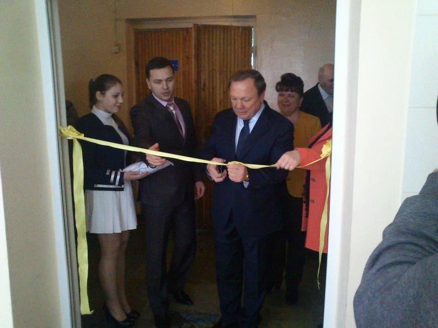 В Днепродзержинской школе №34 торжественно открыли новый пищеблок, фото-3
