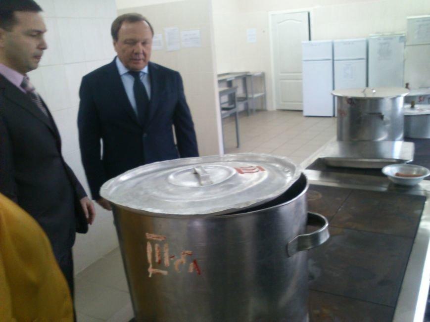 В Днепродзержинской школе №34 торжественно открыли новый пищеблок, фото-8