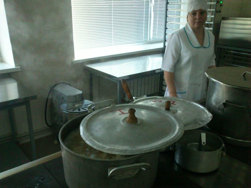 В Днепродзержинской школе №34 торжественно открыли новый пищеблок, фото-10