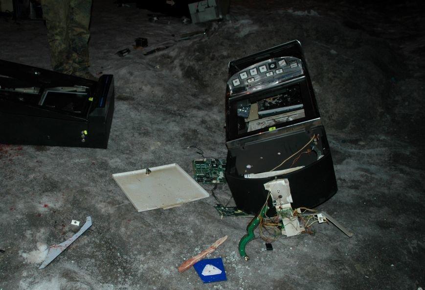 В Запорожье Самооборона разгромила ещё два зала игровых автоматов (ФОТО), фото-5