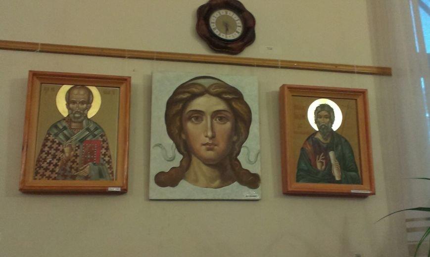 В Симферополе открылась выставка писаной храмовой иконы (ФОТО) (фото) - фото 1
