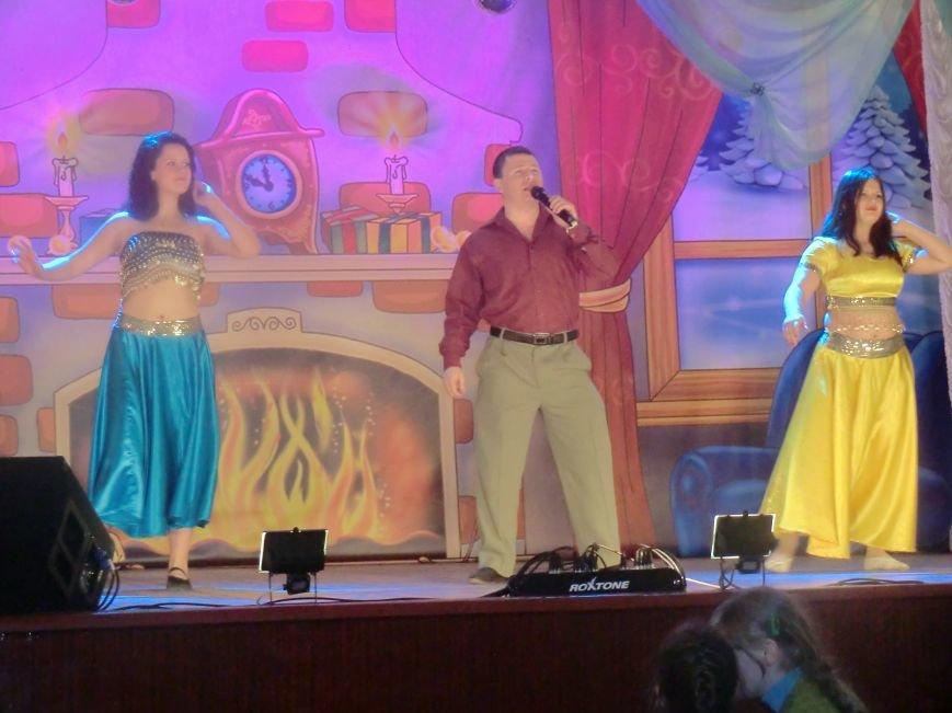 Праздничный концерт «Здравствуй старый Новый год» г. Белицкое (фото) (фото) - фото 1