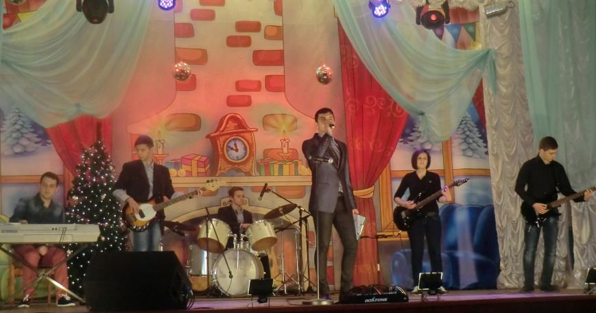 Праздничный концерт «Здравствуй старый Новый год» г. Белицкое (фото) (фото) - фото 2