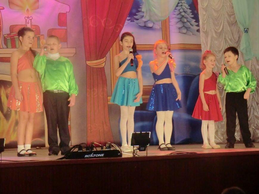 Праздничный концерт «Здравствуй старый Новый год» г. Белицкое (фото) (фото) - фото 5