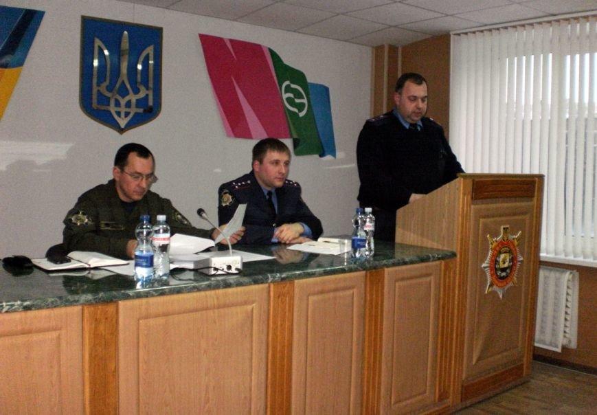 За 2014 год милиционеры Артемовска задокументировали 60 фактов изъятия оружия, боеприпасов и взрывчатки, фото-1