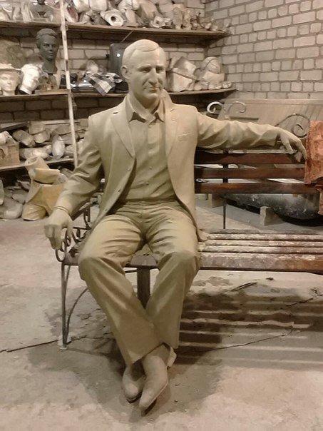 Как будет выглядеть памятник Олегу Бабаеву (фото) - фото 1