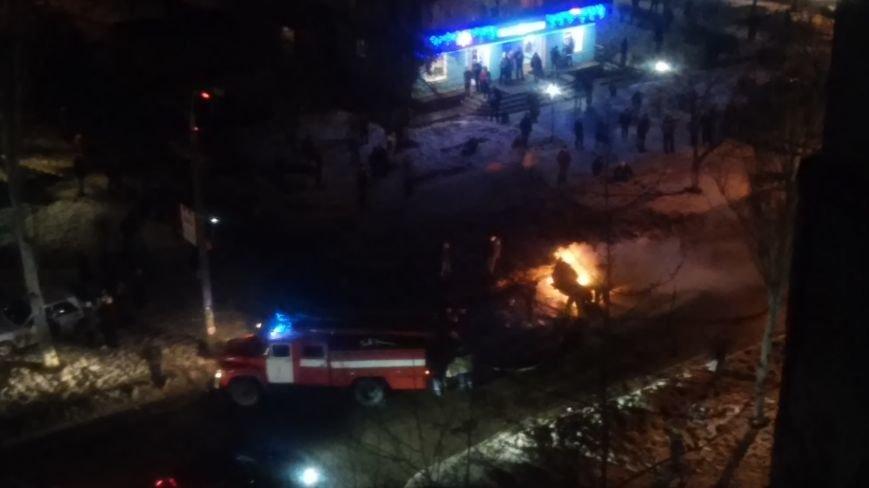 В Запорожье горели «Жигули» (ФОТО) (фото) - фото 1