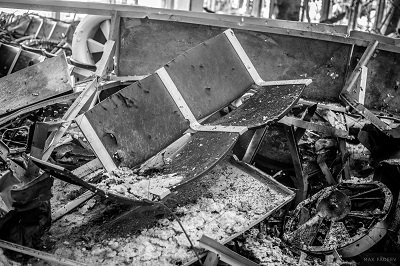 Эпицентр войны: сегодняшние фото из Донецкого аэропота (фото) - фото 2