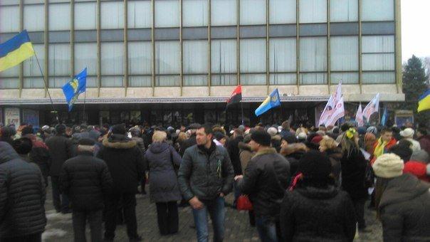 «Я Волноваха»: Как проходит Марш против терроризма в Днепропетровске (СТРИМ, ФОТО) (фото) - фото 1