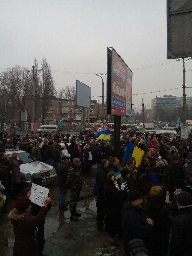 Криворожане вышли на «Марш единства» в память об украинцах, убитых террористами (ФОТО) (фото) - фото 1