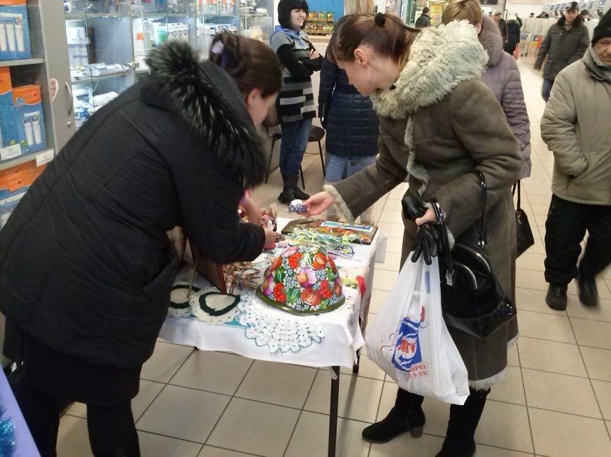 Чтобы помочь днепродзержинцам в зоне АТО, волонтёр организовала «Ярмарку милосердия», фото-2