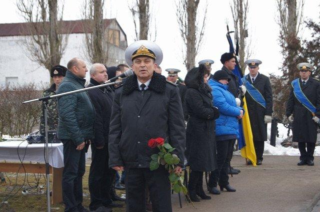 Николаевщина провела в последний путь командира «морских котиков» (ФОТО) (фото) - фото 1