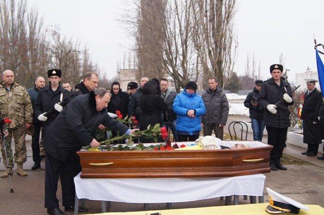 Николаевщина провела в последний путь командира «морских котиков» (ФОТО) (фото) - фото 2