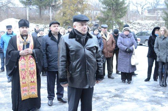 Тернопільські оперативники карного розшуку поїхали в зону АТО (фоторепортаж) (фото) - фото 1