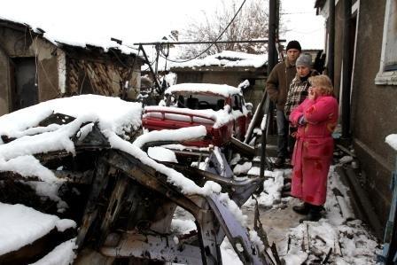 На месте разрушенных домов в Макеевке работает комиссия по восстановлению (фото) - фото 1