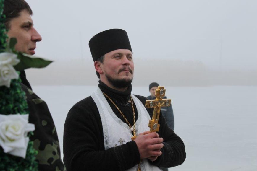 Крещение в Свято-Покровском храме с. Боевое собрало тысячи верующих Приазовья (фото) - фото 2
