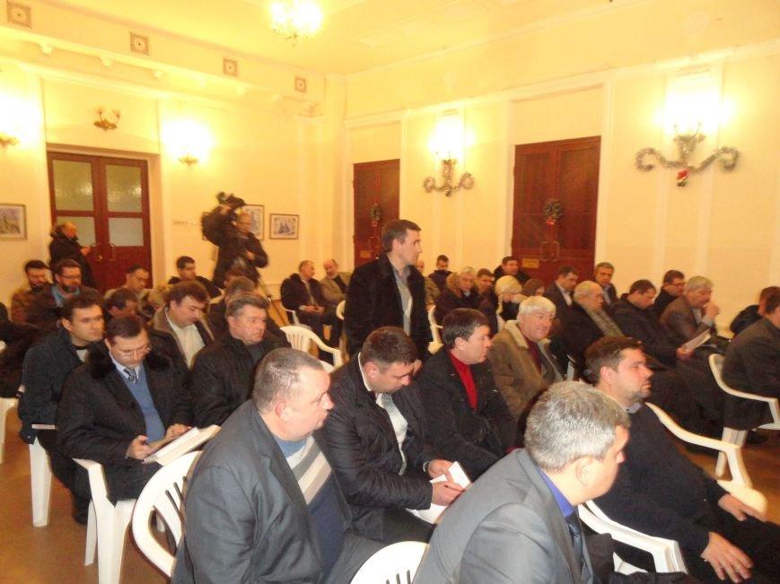 Мэр Мариуполя потребовал от руководителей районных администраций ускорить процесс мобилизации в городе (ФОТО) (фото) - фото 1