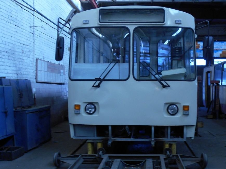 Старому троллейбусу в Кировограде подарили новую жизнь. Фото (фото) - фото 1