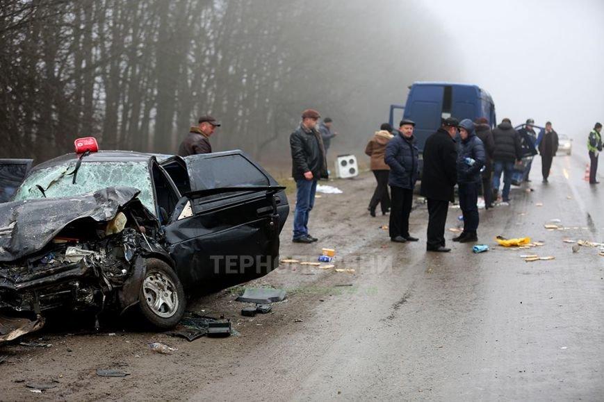 На Тернопільщині у жахливій ДТП загинули люди, які їхали зустрічати тіло бійця АТО (фото) (фото) - фото 2