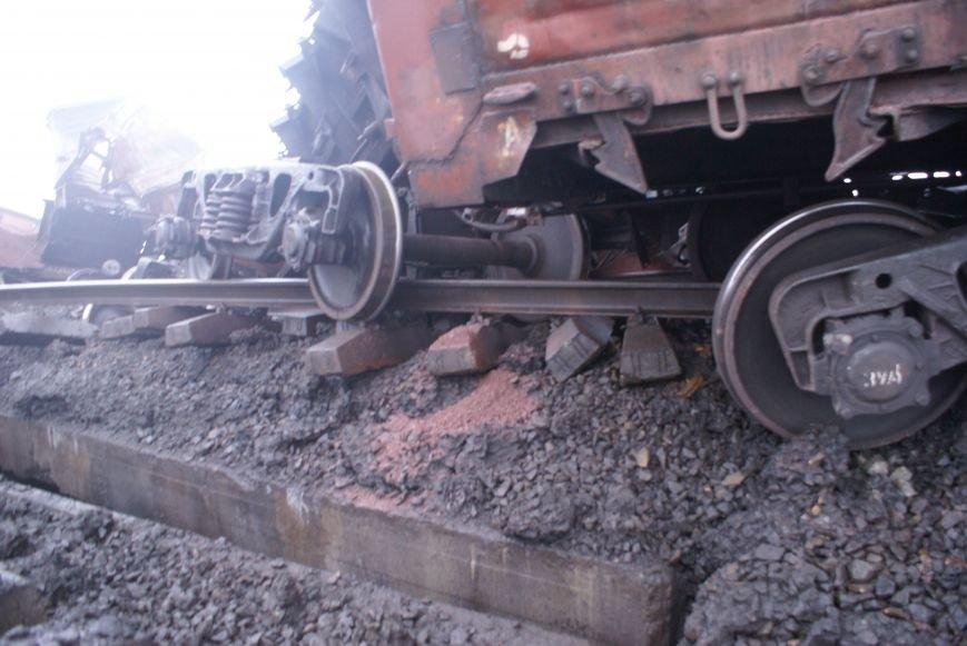 В Запорожской области на взорванном участке железной дороги начали восстановительные работы (ФОТО) (фото) - фото 4