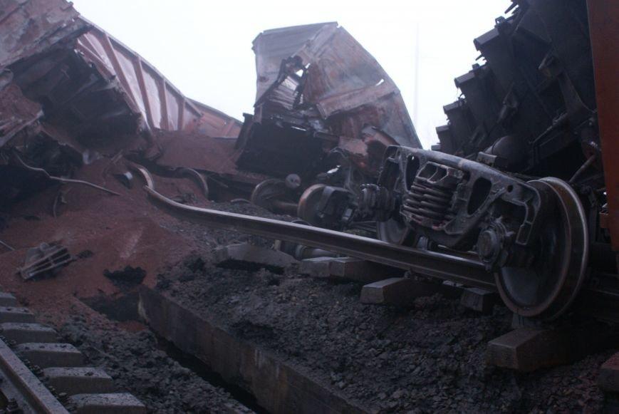 В Запорожской области на взорванном участке железной дороги начали восстановительные работы (ФОТО) (фото) - фото 3
