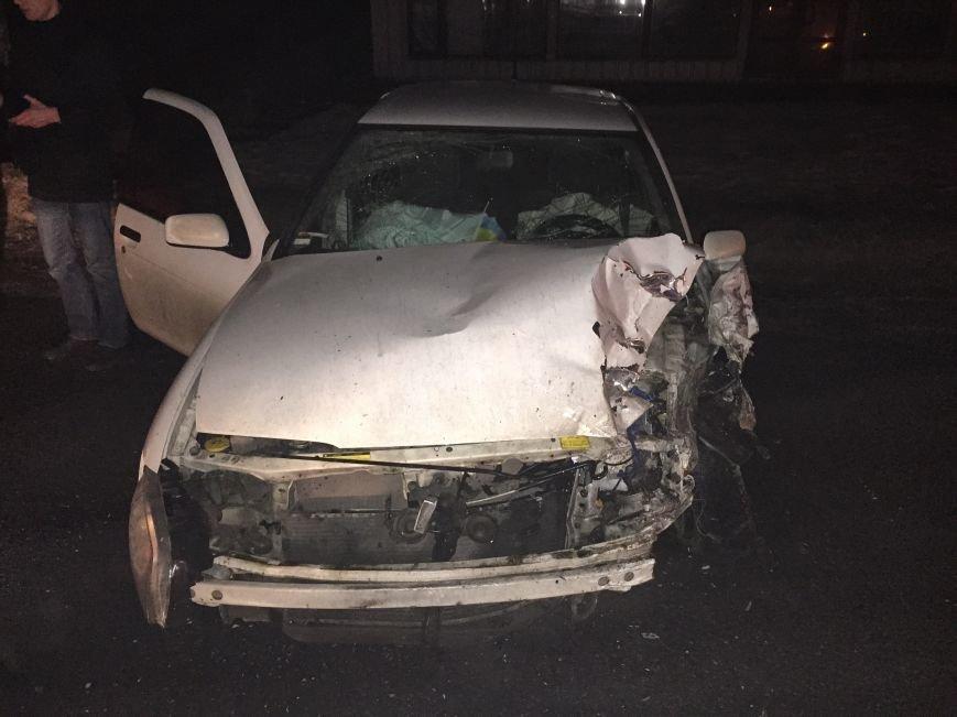В Днепропетровске случилось ДТП: водители отделались легким испугом, чего не скажешь о автомобилях (ФОТО), фото-5