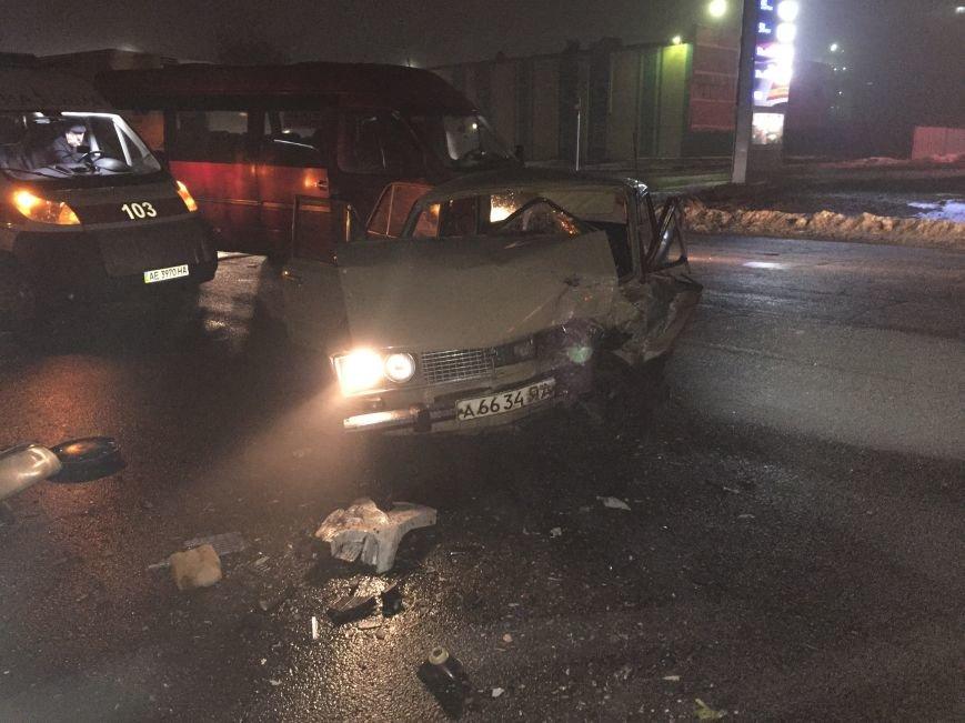 В Днепропетровске случилось ДТП: водители отделались легким испугом, чего не скажешь о автомобилях (ФОТО), фото-4