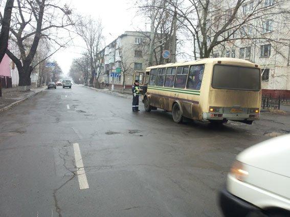 Сегодня Госавтоинспекция проверяла кременчугских пассажироперевозчиков (ФОТО) (фото) - фото 1