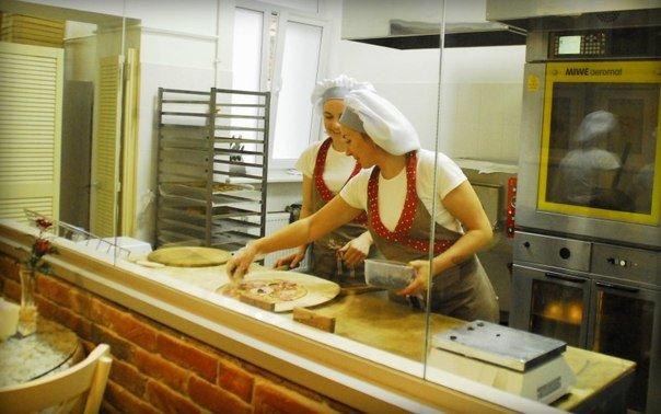 Поблизу Львівської політехніки відкрилась нова пекарня -кафетерій «Багет» (фото) - фото 2