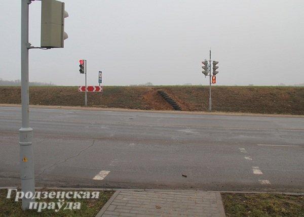 На Вишневце гродненцы самостоятельно сделали лестницу из автомобильных шин (Фото) (фото) - фото 1