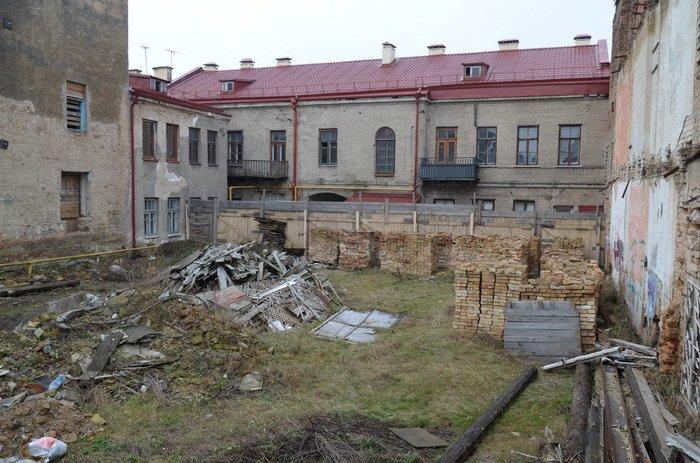 Фоторепортаж: «Муравьефф-отель» вместо реконструкции законсервируют и перепродадут (фото) - фото 2