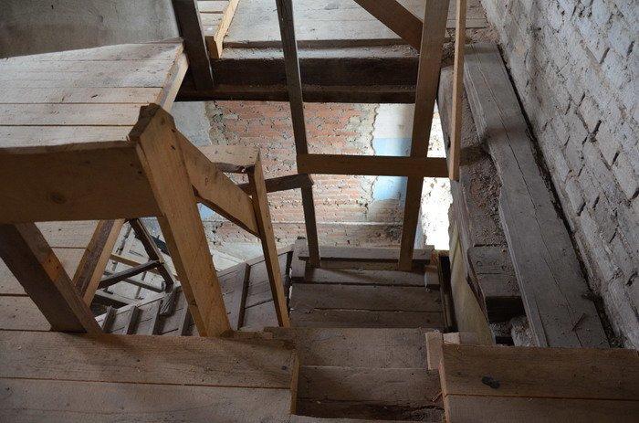 Фоторепортаж: «Муравьефф-отель» вместо реконструкции законсервируют и перепродадут (фото) - фото 29