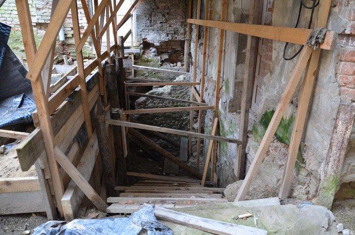 Фоторепортаж: «Муравьефф-отель» вместо реконструкции законсервируют и перепродадут (фото) - фото 11