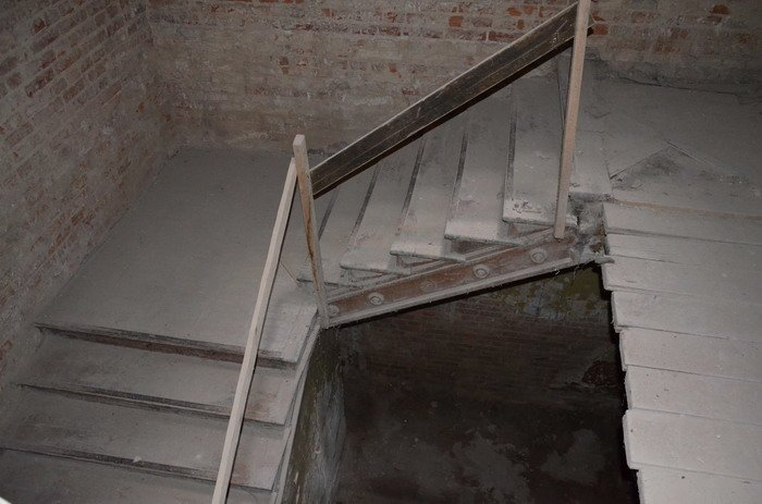 Фоторепортаж: «Муравьефф-отель» вместо реконструкции законсервируют и перепродадут (фото) - фото 28