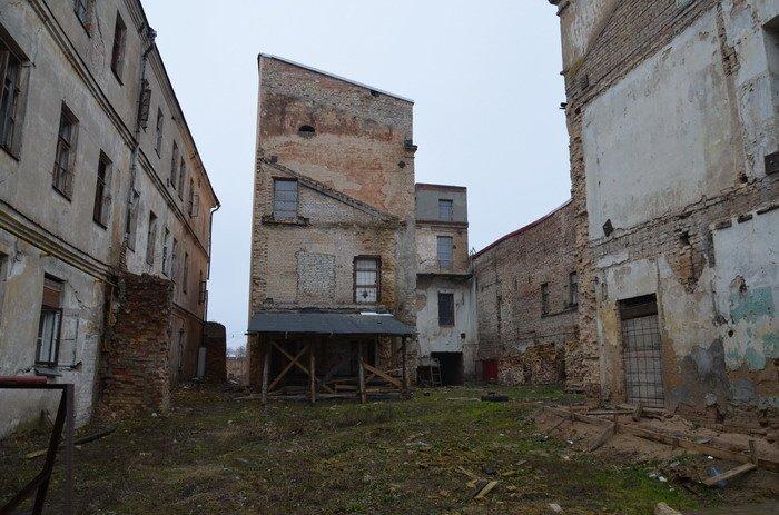 Фоторепортаж: «Муравьефф-отель» вместо реконструкции законсервируют и перепродадут (фото) - фото 4