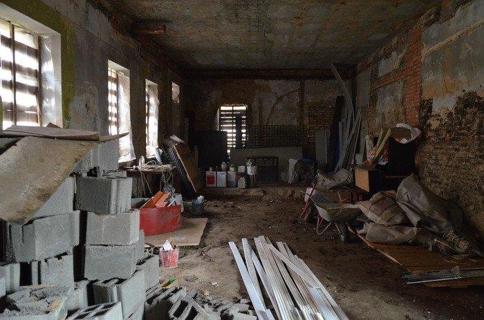 Фоторепортаж: «Муравьефф-отель» вместо реконструкции законсервируют и перепродадут (фото) - фото 13
