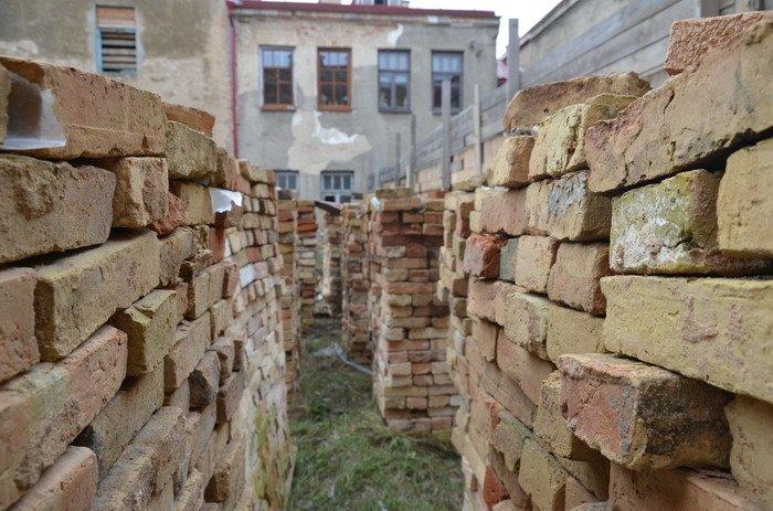 Фоторепортаж: «Муравьефф-отель» вместо реконструкции законсервируют и перепродадут (фото) - фото 3