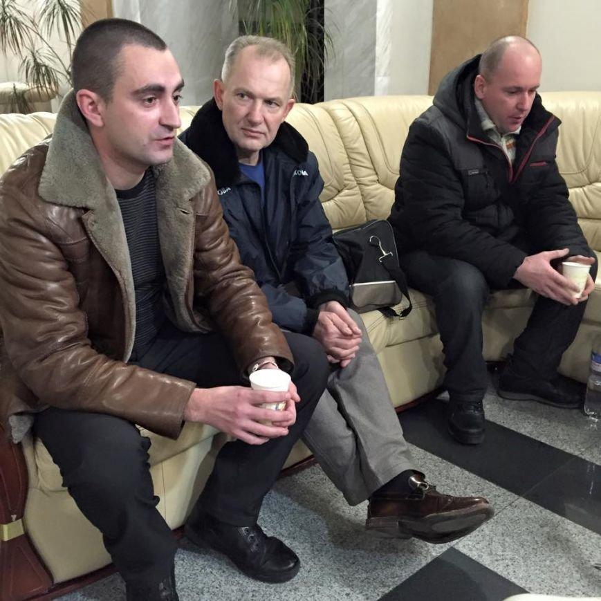 В Днепропетровск из Латвии вернулись бойцы АТО (ФОТО), фото-3