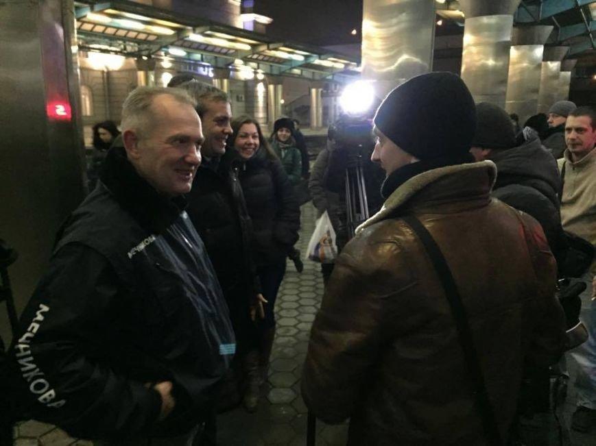 В Днепропетровск из Латвии вернулись бойцы АТО (ФОТО), фото-1