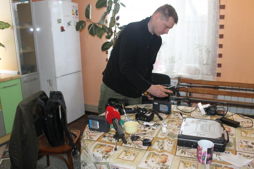 Андрей Цаплиенко: «В Песках добровольцы и военные понимают, что в любой момент могут погибнуть, но паники нет – есть настрой победить» ФОТО, фото-5