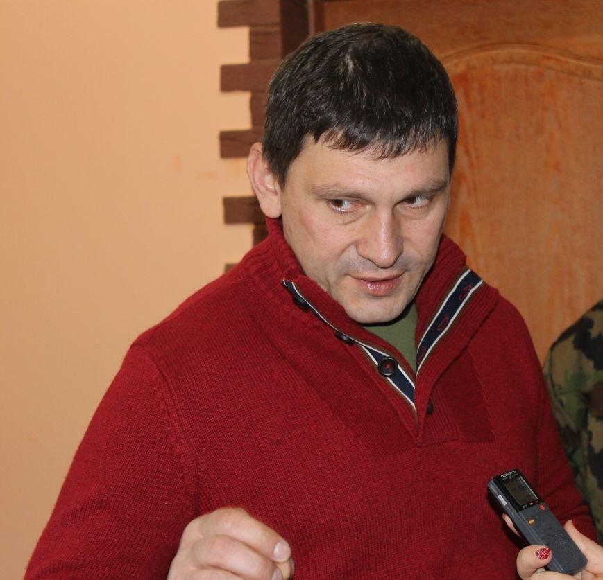 Андрей Цаплиенко: «В Песках добровольцы и военные понимают, что в любой момент могут погибнуть, но паники нет – есть настрой победить» ФОТО, фото-6