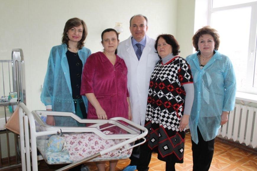Юрий Тернавский поддержал пациенток перинатального центра (фото) - фото 4
