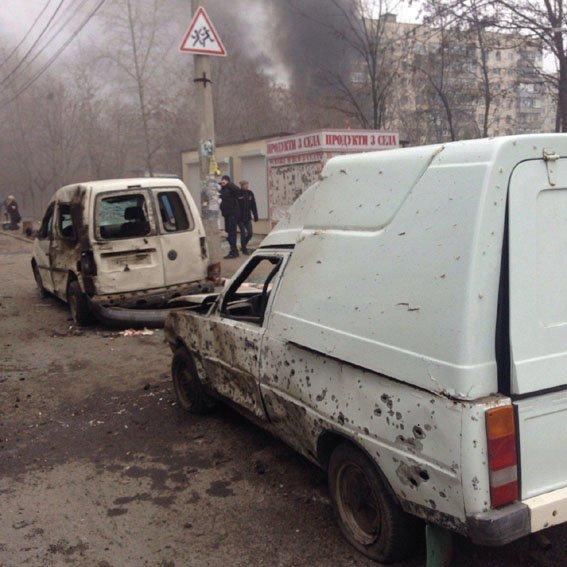 В результате артобстрела Мариуполя пострадали более 60 человек (Фото) (фото) - фото 8