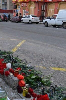 В Донецке состоялась панихида в память о погибших мирных жителях (фото) - фото 1