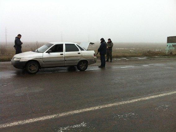 В Николаеве водитель не смог объяснить, откуда у него оружие в авто (ФОТО) (фото) - фото 1