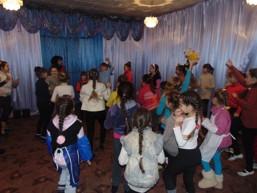 В Димитрове в центре «Бригантина» прошли «Зимние забавы» (фото) - фото 24