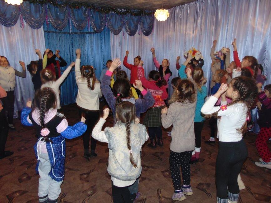 В Димитрове в центре «Бригантина» прошли «Зимние забавы» (фото) - фото 25