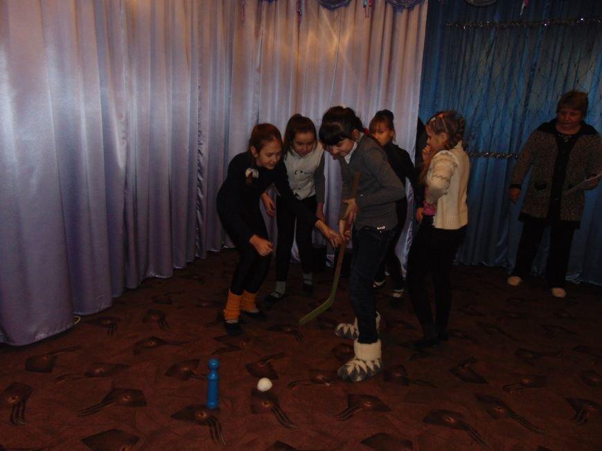 В Димитрове в центре «Бригантина» прошли «Зимние забавы» (фото) - фото 15