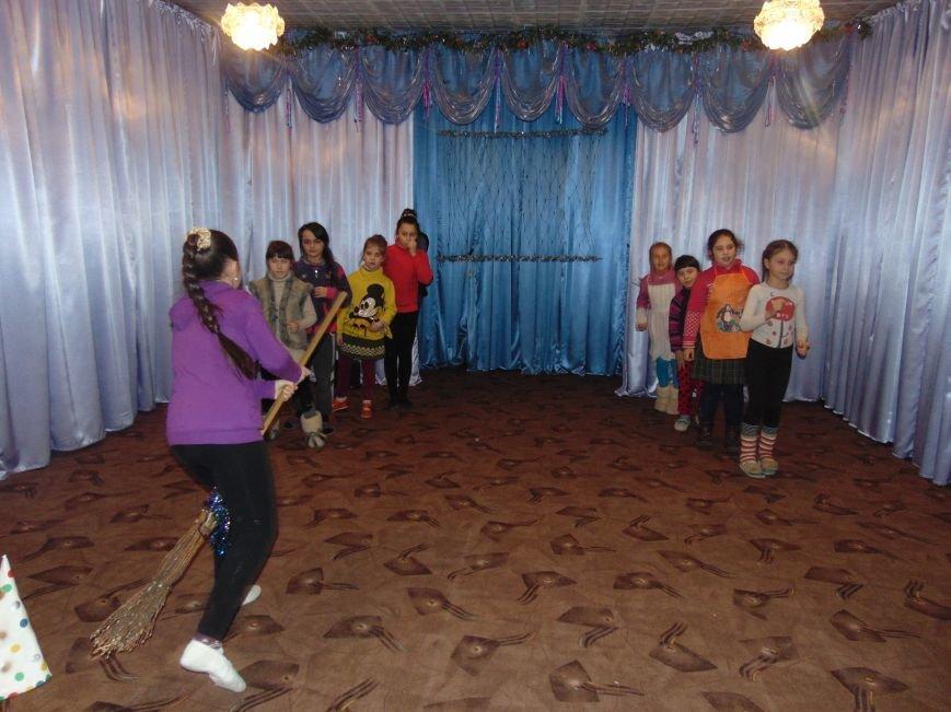 В Димитрове в центре «Бригантина» прошли «Зимние забавы» (фото) - фото 20