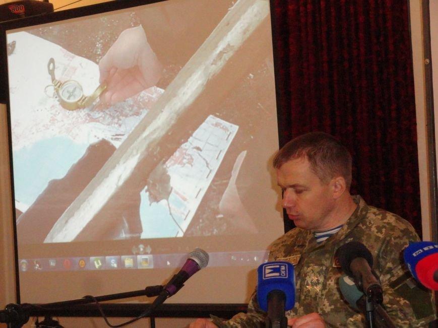 В штабе обороны Мариуполя показали наводчика «Градов» и доказали, что залп по Мариуполю пришел с востока (ФОТО+ВИДЕО). (фото) - фото 2